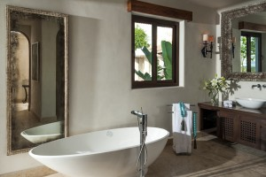 Suite 2 Bath